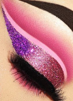 59-colorful-and-flashy-makeup-ideas-applied-to-brown-eyes