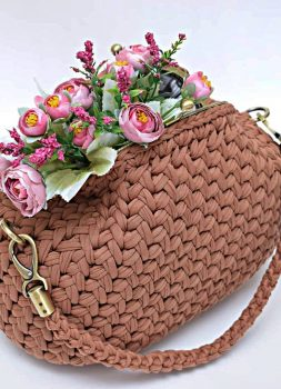 crochet-bag-models-worth-seeing-in-august-2019